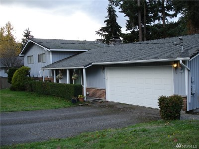 Puyallup Single Family Home For Sale: 11812 100th Av Ct E
