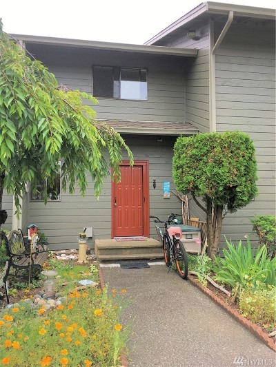 Blaine Condo/Townhouse Pending: 7650 Birch Bay Dr #H6