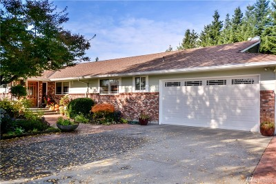 Enumclaw Single Family Home For Sale: 40409 202nd Ave SE