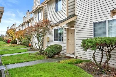 Everett Condo/Townhouse For Sale: 115 124th St SE #B6