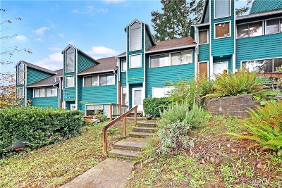 Everett Condo/Townhouse For Sale: 4404 Terrace Dr #3