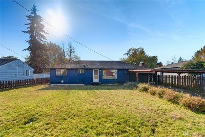 Everett Single Family Home For Sale: 718 107th Place SW