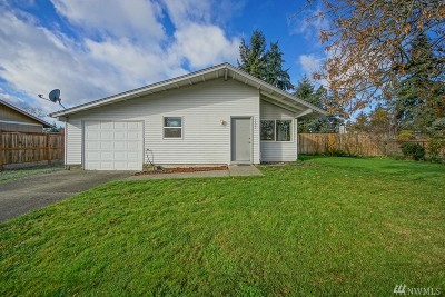 Spanaway Single Family Home For Sale: 17402 6th Ave E