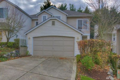 Renton Single Family Home For Sale: 421 S 51st Ct