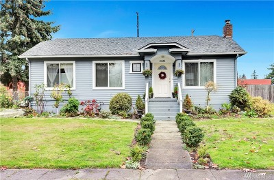 Everett Single Family Home For Sale: 2326 McDougall Ave