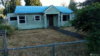 Everett Single Family Home For Sale: 2110 Monroe Ave
