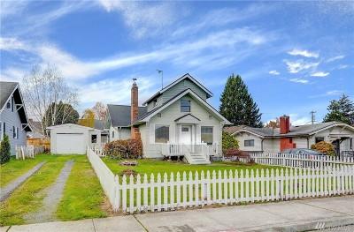 Everett Single Family Home For Sale: 1020 Rockefeller Ave