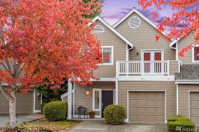 Kirkland Condo/Townhouse For Sale: 10102 NE 38th Ct #901