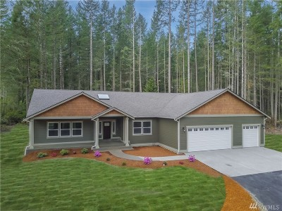 Hansville Single Family Home Pending Inspection: 38578 Benchmark Ave NE