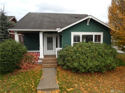 Lynden Single Family Home For Sale: 2100 Oak St