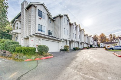 Renton Condo/Townhouse For Sale: 2300 Benson Rd S #C2