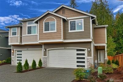 Marysville Condo/Townhouse For Sale: 4857 100th St NE #B