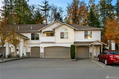 Bothell Condo/Townhouse For Sale: 2201 192nd St SE #W202