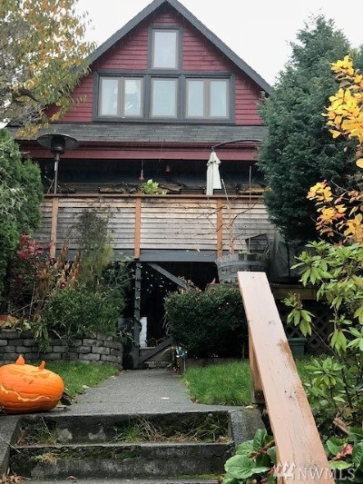 Seattle Single Family Home For Sale: 1910 8th Ave W