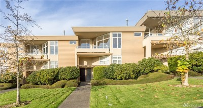 Kirkland Condo/Townhouse For Sale: 10216 NE 62nd St