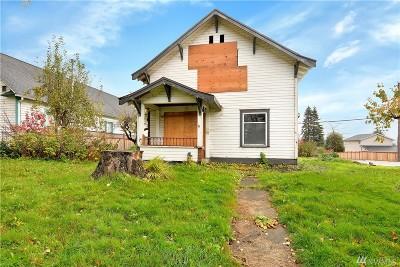 Everett Single Family Home For Sale: 2429 Maple St