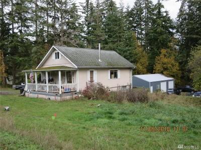 Oak Harbor Single Family Home For Sale: 2910 N Oak Harbor Rd