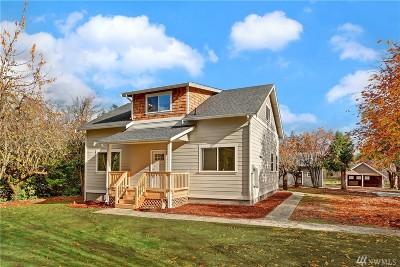 Tacoma Single Family Home For Sale: 11821 8th Ave E