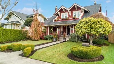 Everett Single Family Home For Sale: 1327 Hoyt Ave
