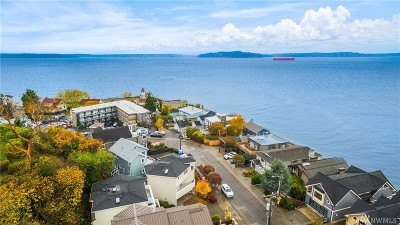 Seattle Single Family Home For Sale: 3116 Alki Ave SW