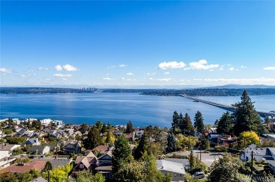 Seattle Single Family Home For Sale: 924 30th Ave S