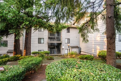 Bellevue Condo/Townhouse For Sale: 12221 NE Bel-Red Rd #D304