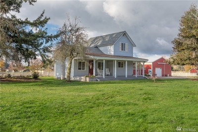 Enumclaw Single Family Home Contingent: 41705 212th Ave SE
