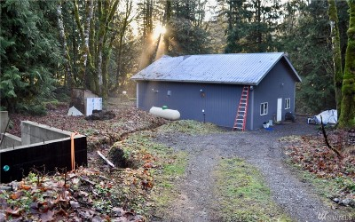 Maple Falls Single Family Home Sold: 8982 Frost Creek Rd