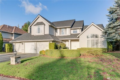 Sammamish Single Family Home For Sale: 1542 267th Pl SE