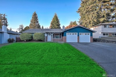 Lynnwood Single Family Home For Sale: 6715 164th St SW