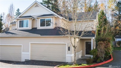 Sammamish Condo/Townhouse For Sale: 947 233rd Lane NE
