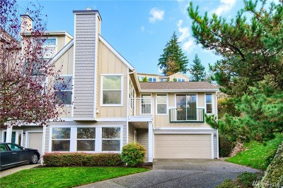 Mukilteo Condo/Townhouse For Sale: 11047 Villa Monte Dr