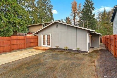 King County Single Family Home Contingent: 11843 SE 319th Pl