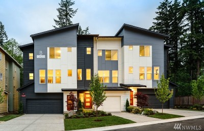 Lynnwood Single Family Home For Sale: 13420 Manor Wy #Lot 7