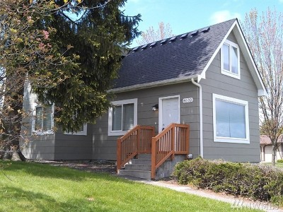 Single Family Home For Sale: 4602 S Thompson Ave