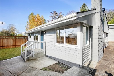 Seattle Single Family Home For Sale: 1118 SW 102nd St