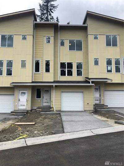 Lynnwood Single Family Home For Sale: 13420 Manor Wy #Lot 8