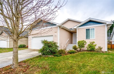 Oak Harbor Single Family Home For Sale: 1101 NE Big Berry Lp