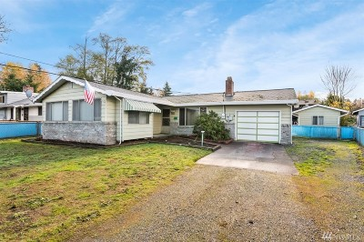 Pierce County Single Family Home For Sale: 8416 6th Ave