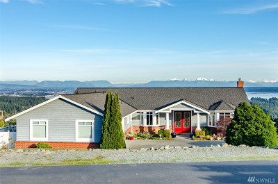 Camano Island Single Family Home For Sale: 151 S Glacier Peak Dr.