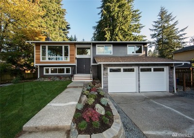 Lynnwood Single Family Home For Sale: 15313 Meadow Rd
