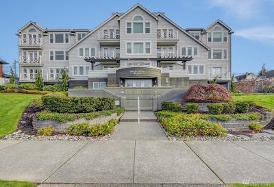 Everett Condo/Townhouse For Sale: 1931 Grand Ave #101