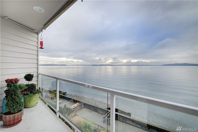 Seattle Condo/Townhouse For Sale: 4021 Beach Dr SW #302N