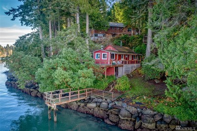 Bainbridge Island Single Family Home For Sale: 12199 Arrow Point Lp NE