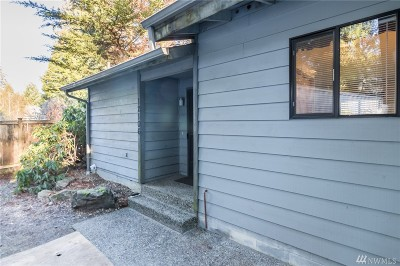 Issaquah Single Family Home For Sale: 12106 Upper Preston Rd SE
