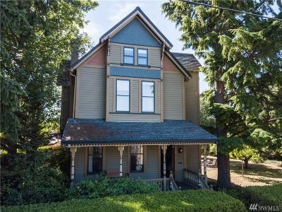 Bellingham Single Family Home Pending Inspection: 2405 Elizabeth St