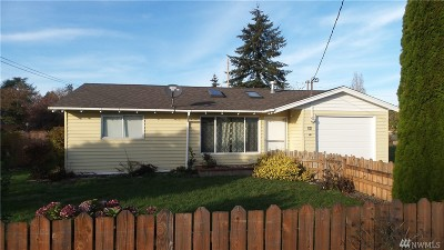 Elma Single Family Home For Sale: 606 W Young St