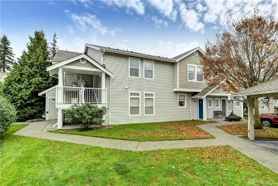 Mukilteo Condo/Townhouse For Sale: 5400 Harbour Pointe Blvd #B201