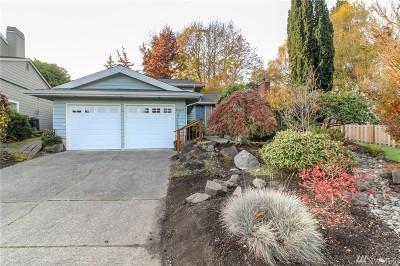 Kent Single Family Home For Sale: 26407 Cambridge Dr