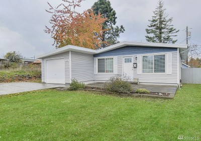 Tacoma Single Family Home For Sale: 215 E 61st St